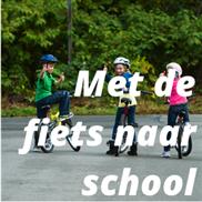 Met de fiets naar school