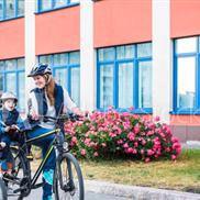 Een kinderzitje op een elektrische fiets, hoe zit dat?